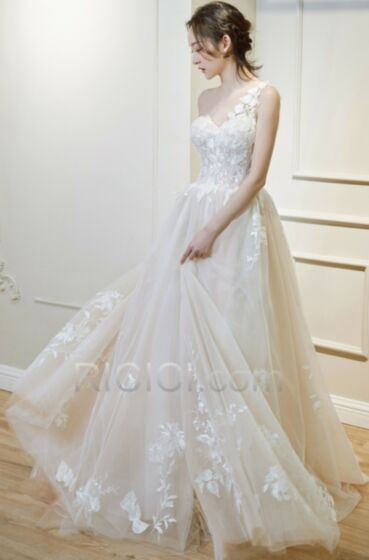 2018 Open Back Bridal Gowns Appliques Lace Long Garden Sweetheart Elegant One Shoulder Fit And Flare Beach