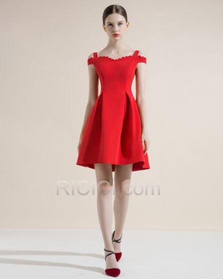 Sans Manches Volantée Robe Cocktail Rouge Simple Robe Pour Mariage Princesse Satin Courte Élégant Évasée