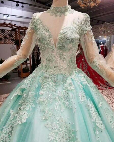 Bleu Clair Manche Longue Dentelle Robe Quinceanera Transparente Brillante Tulle Col Haut Luxe Robe Fiancaille