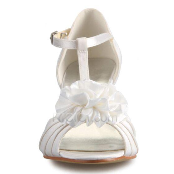 Sommer Weiß Brautschuhe Sandaletten Mittel Heels 3D Blumen Brautjungfer Schuhe Satin