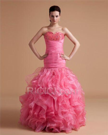 Blush Pink Ball Gown Quinceanera Ballkleider Organza Rüschen Rundhalsausschnitt Lange Ärmellos