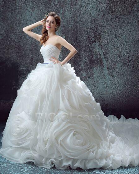Hochzeitskleider Tüll Organza Ärmellos Ballon Trägerloses Luxus Frühlings Rüschen Rückenfreies Gürtel Weiß