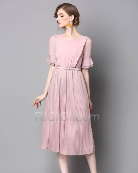 Schöne Chiffon Pink Rundhalsausschnitt Business Casual Damenkleider Gerade Halbe Hülse Midi Rüschen Gürtel
