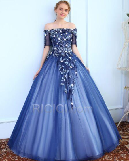 Royalblau Perlen Rückenfreies Feder Lange Tüll Ball Gown Quinceanera Ball Kleider