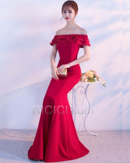 Schulterfreies Festliche Abendkleider Rüschen Rückenfreies Rot Lange Kurzarm Schlichte Elegante Satin Meerjungfrau