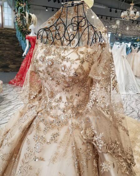 Kurzarm Stickerei Applikationen Petticoatkleid Tüll Schulterfreies Spitzen Herrlich Lange Glitzernden Gold Hochzeitskleider
