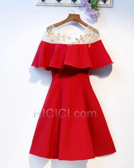 Hochzeitsgäste Kleider Schlichte Off Shoulder Kurzarm Perlen Rot Fit N Flare Kurze Cocktailkleider