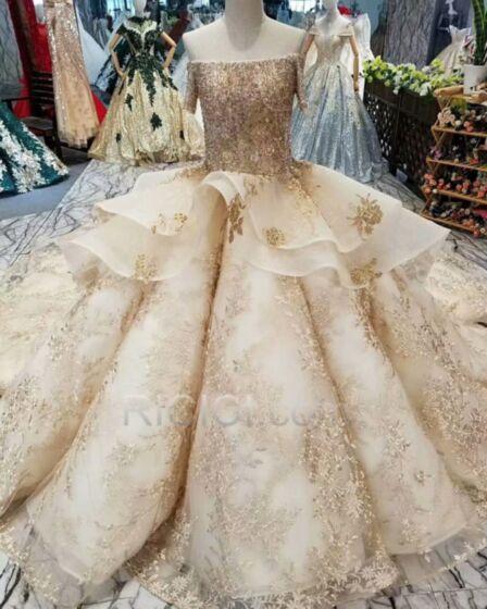 キラキラ ウェディングドレス プリンセス 刺繍 オープンバック ペプラム レース ストラップ レス シャンパン 豪華 な ロング スパンコール 57220181130